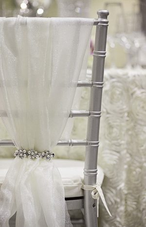 Chiavari Chair Cover Single Treatment - Brooch not included - Ivory